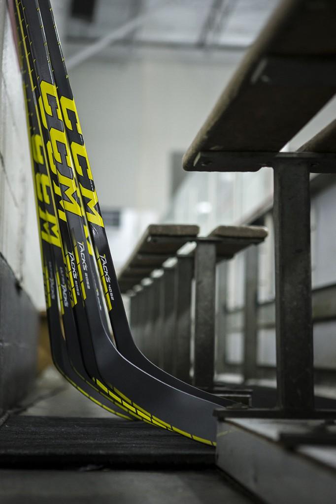 CCM Ultra Tacks Hockeyklubba - Intermediate  b992fb1bfc455