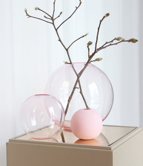 Cooee Ball Vase Glass Pink