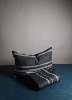 Dirty Linen Strip Kudde Grey/Navy
