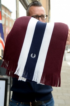 college stripe scarf