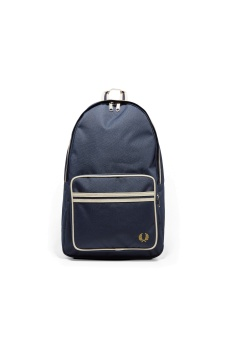 Twin tipped back pack