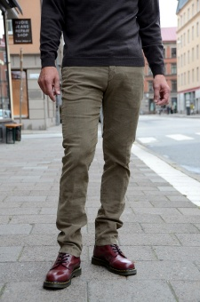 Chinos T9046 olive