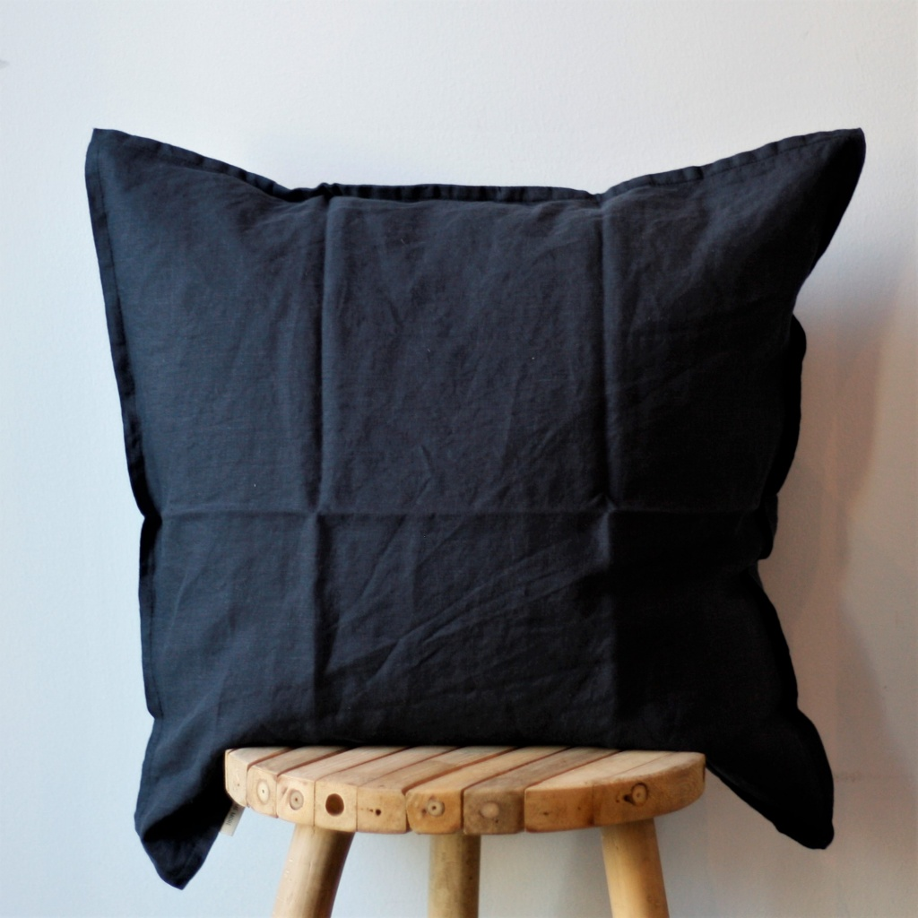 Cushion Cover Linen 50x50 - Midnight Blue