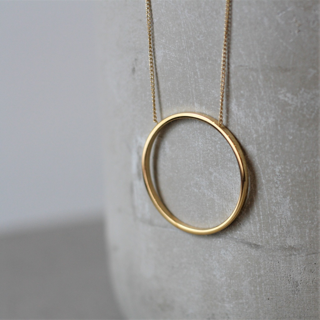 Circle Necklace - Gold