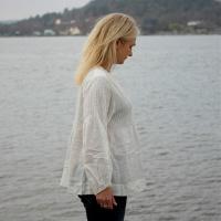 Babette - White