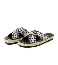 Walkability Slipper - Almost Black
