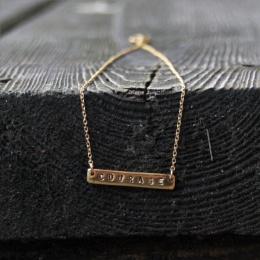 """Halsband """"Courage"""" - guld"""
