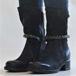 Boots Isperia - Tornado