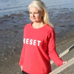 Sweater Reset - Love/White