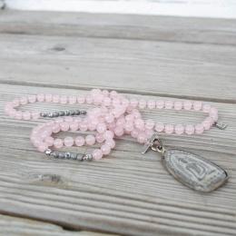 Buddha necklace - Rose quartz