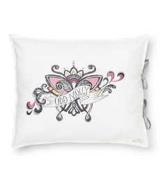 Lounging around pillowcase - Candy