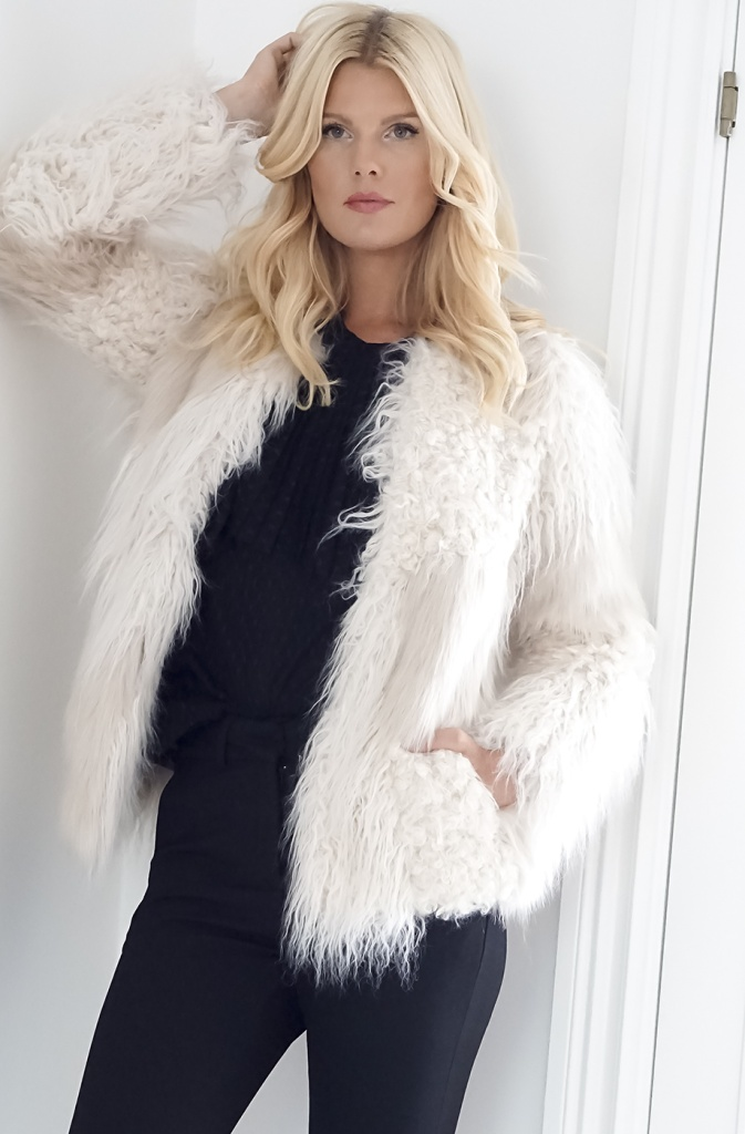 Intropia Fake Fur Jacket White Plain Vanilla Ab