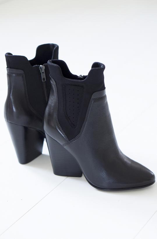 ASH - Bazar Boot