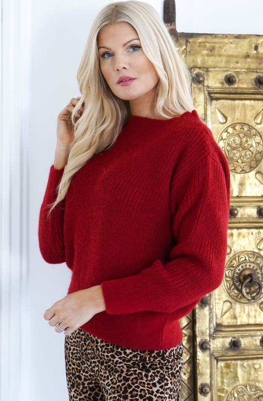 ALIX THE LABEL- Soft Knitted Pullover Red