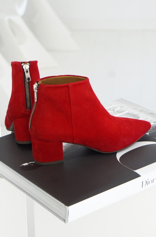 BILLI BI -Red Suede Boot with Zipper back