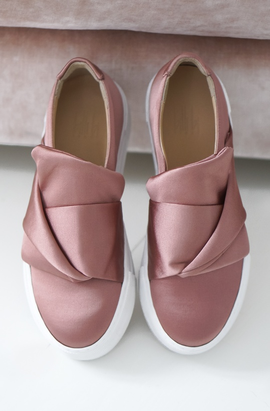 BILLI BI - Slip On Satin Bow