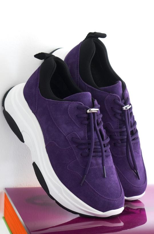BLUE on BLUE - Free Sneaker