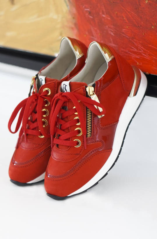 DL SPORT - Red Sneakers with Gold-details
