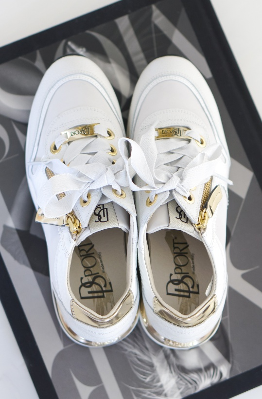 DL SPORT - Sneakers White with GoldDetails