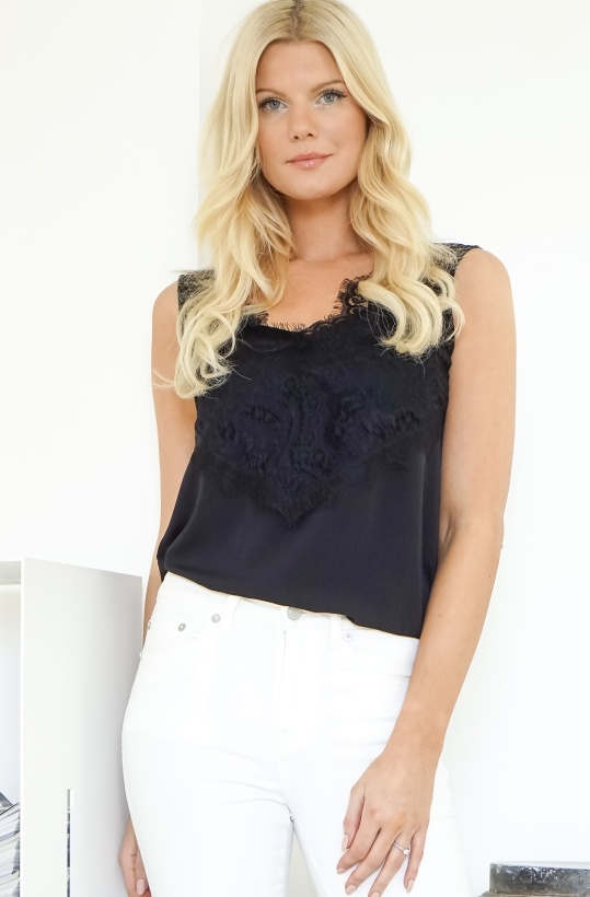FRENCH CONNECTION - Classic Light Crepe Lace Top