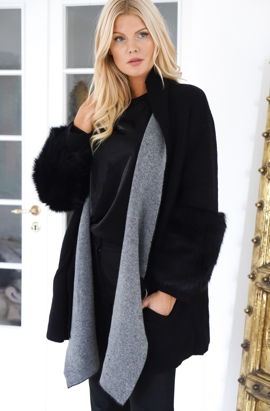 FRENCH CONNECTION - Faux Fur Cardigan