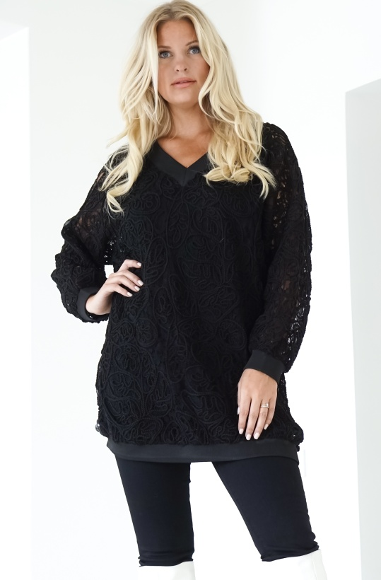 HUNKON - Elderberry V-neck Lace Black