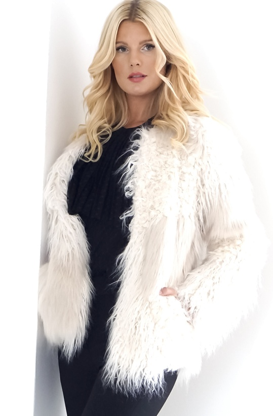 INTROPIA - Fake Fur Jacket White