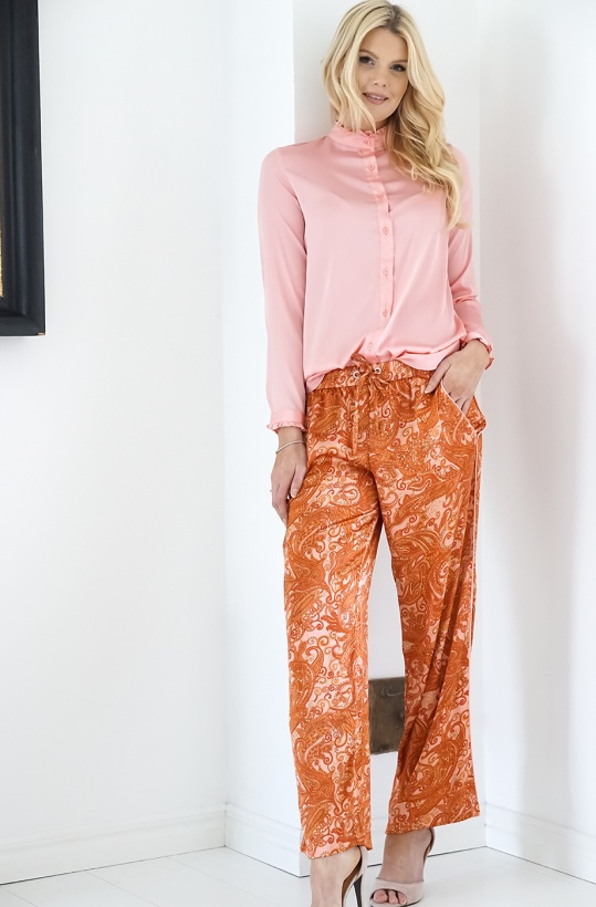 KARMAMIA - Pink Paisley Pants