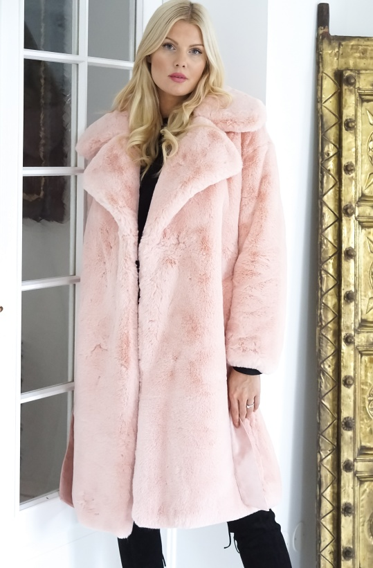 NA-KD - Belted Faux Fur Light Pink