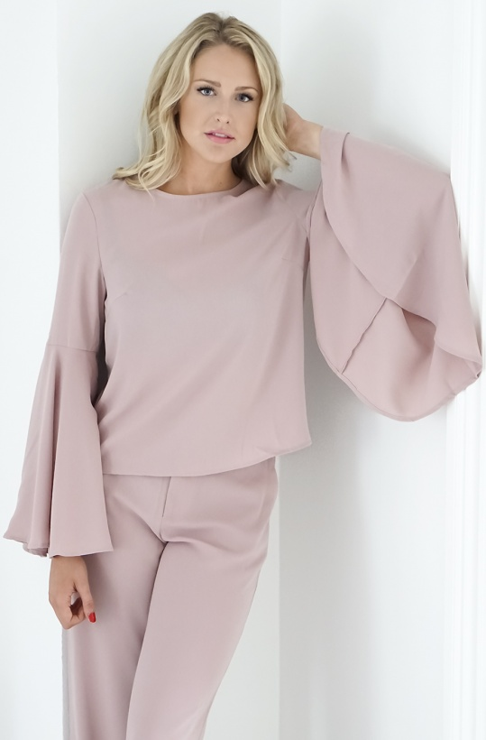 NA-KD Trumpet Flare Sleeve Top