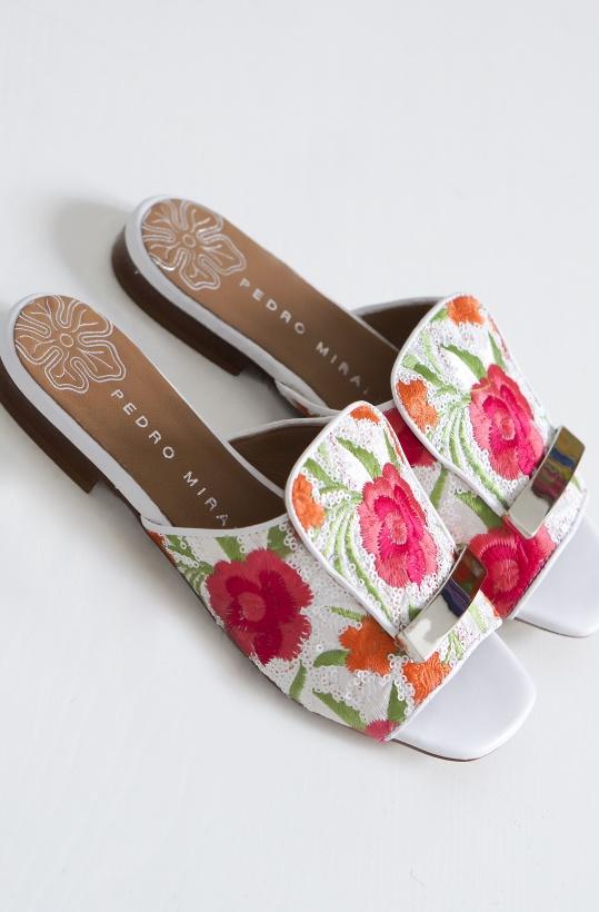 PEDRO MIRALES - Flower Slipin