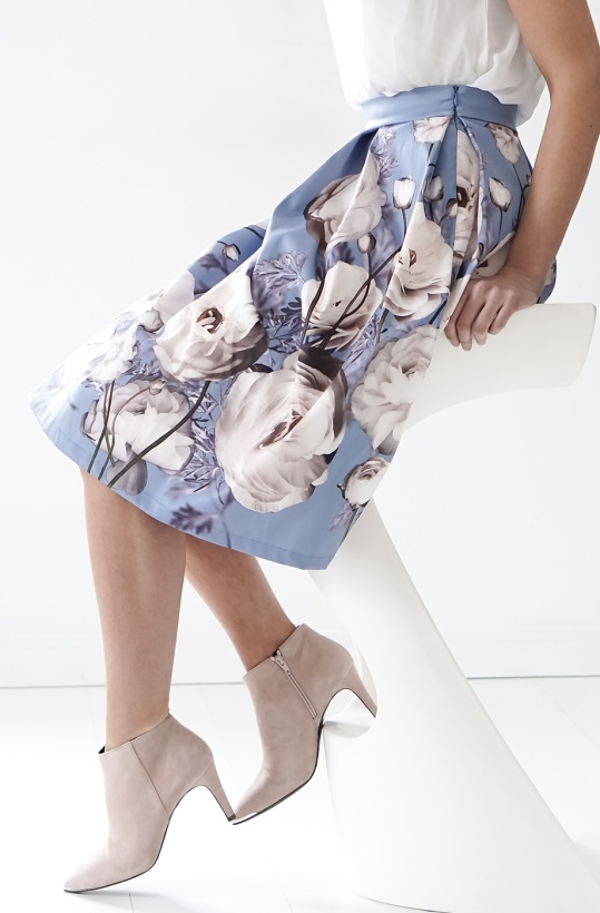 RINASCIMENTO - Blue Flower Skirt