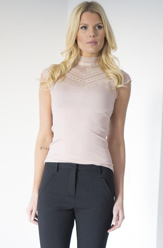 ROSEMUNDE - Silk Tshirt med Spets