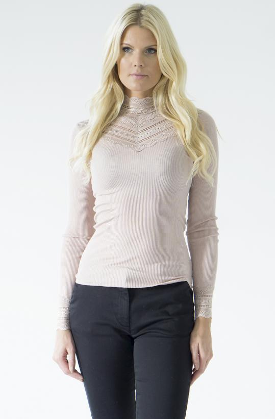 ROSEMUNDE - Silk long sleeve with Wide Lace