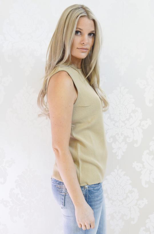 Sibin Linnebjerg - Peyton Top