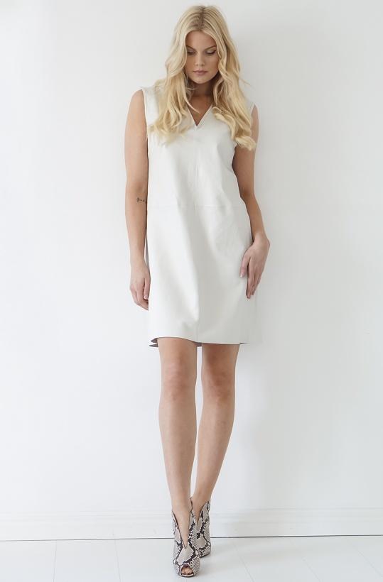 STAND - Verona V-neck Dress
