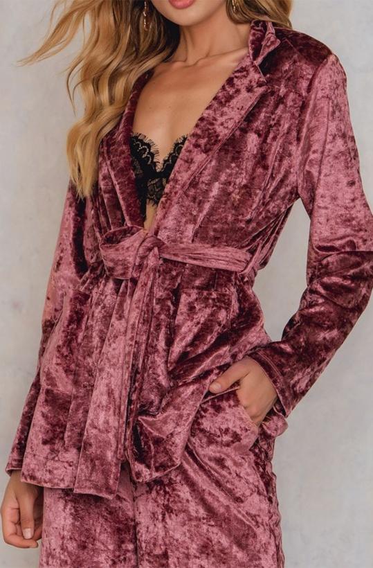 NA-KD  - Velvet Blazer Pink