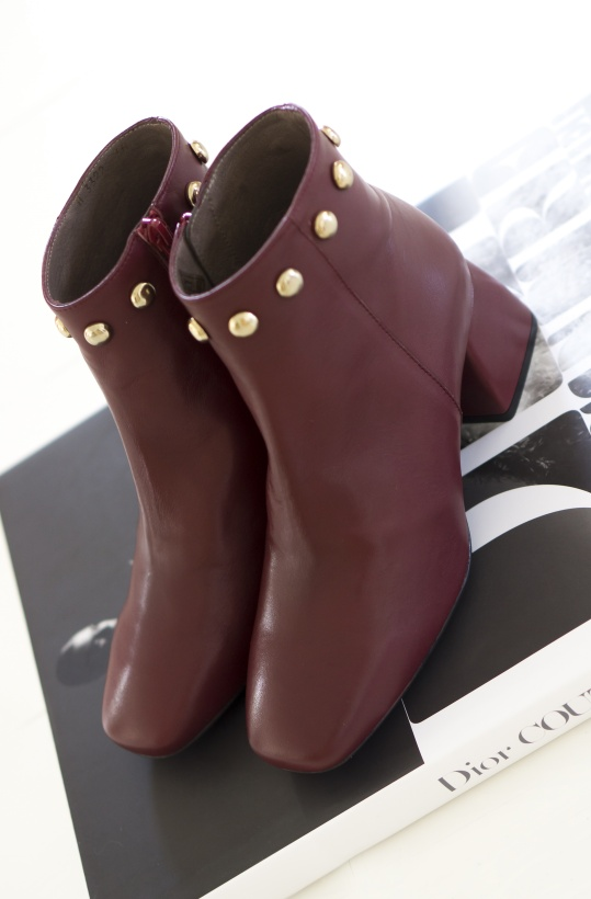 WONDERS - Iseo Boot with Studs