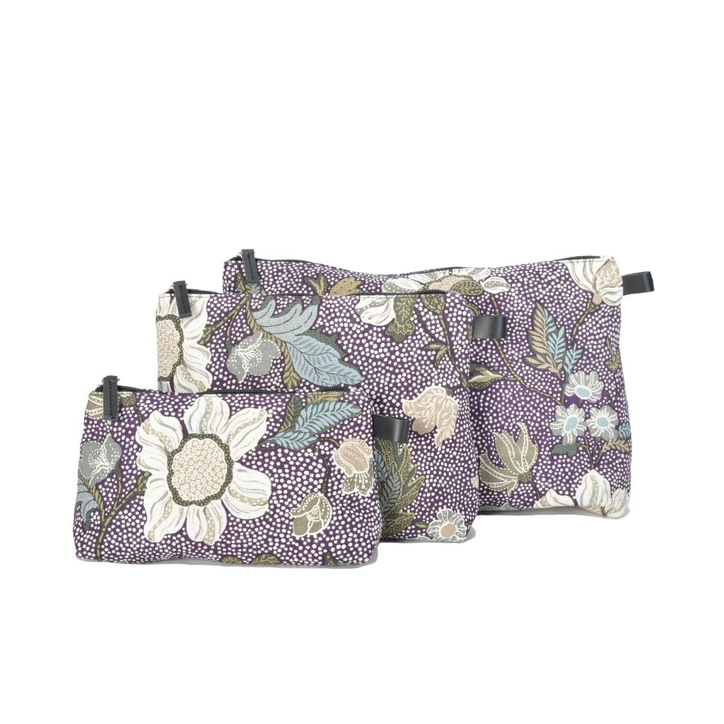CEANNIS PURPLE FLOWER LINEN COSMETIC