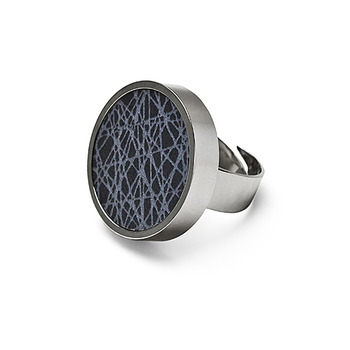 SÄGEN VIRRVARR DARK GREY RING