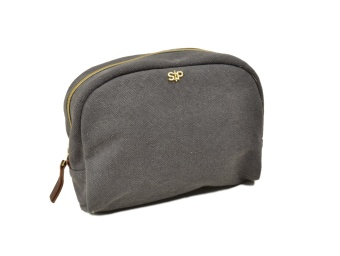 BIG TOILETRY BAG, DARK GREY