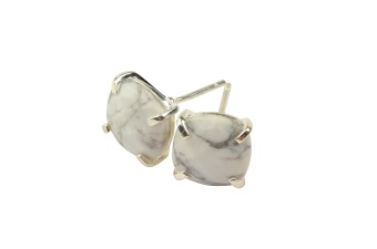 CUSHION STUD EARRINGS SILVER HOWLITE