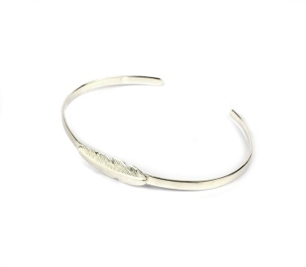 FEATHER BANGLE SILVER