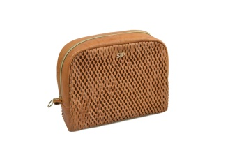 HONEYCOMB BIG TOILETRY BAG, COGNAC