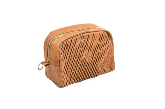 HONEYCOMB MIDI TOILETRY BAG COGNAC