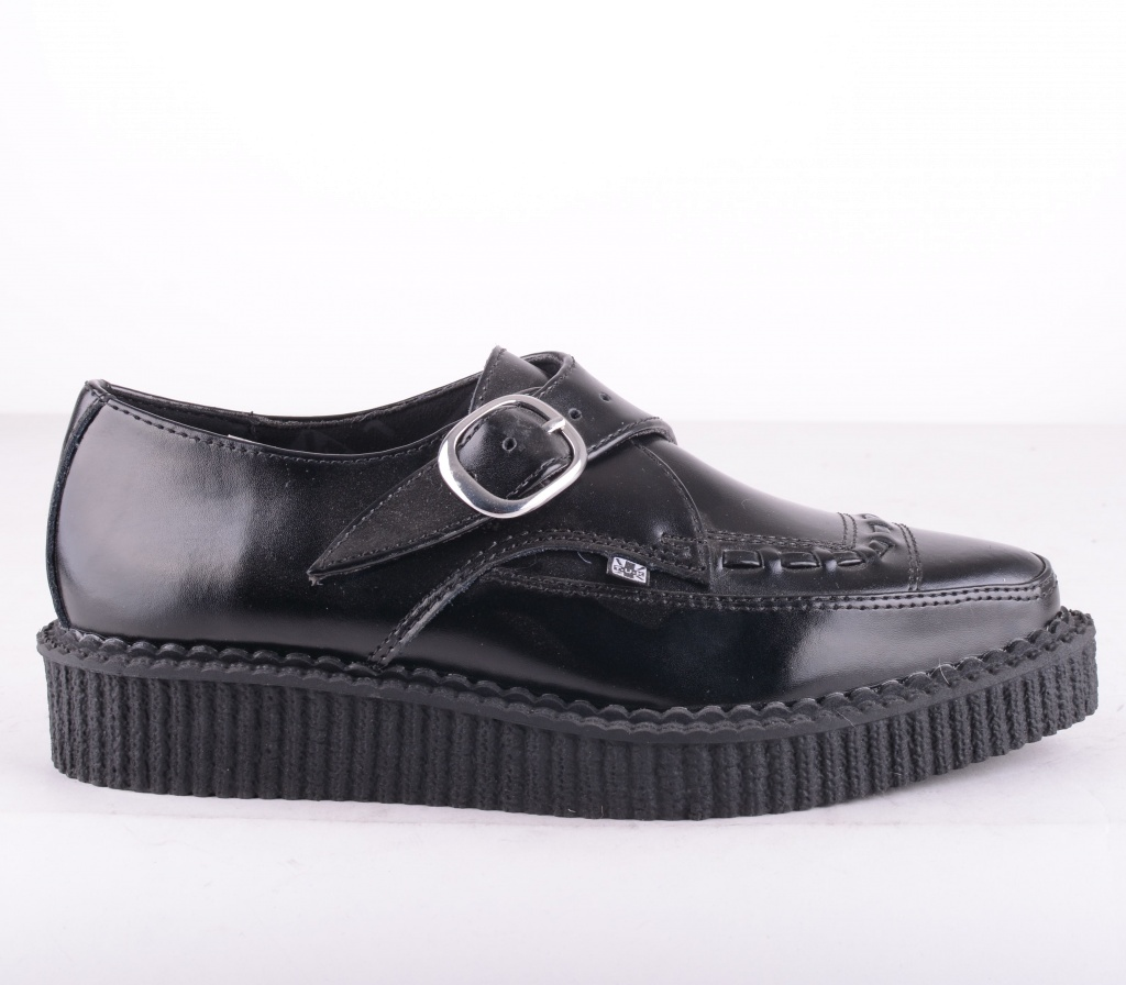 A8520 Pointed Leather Black