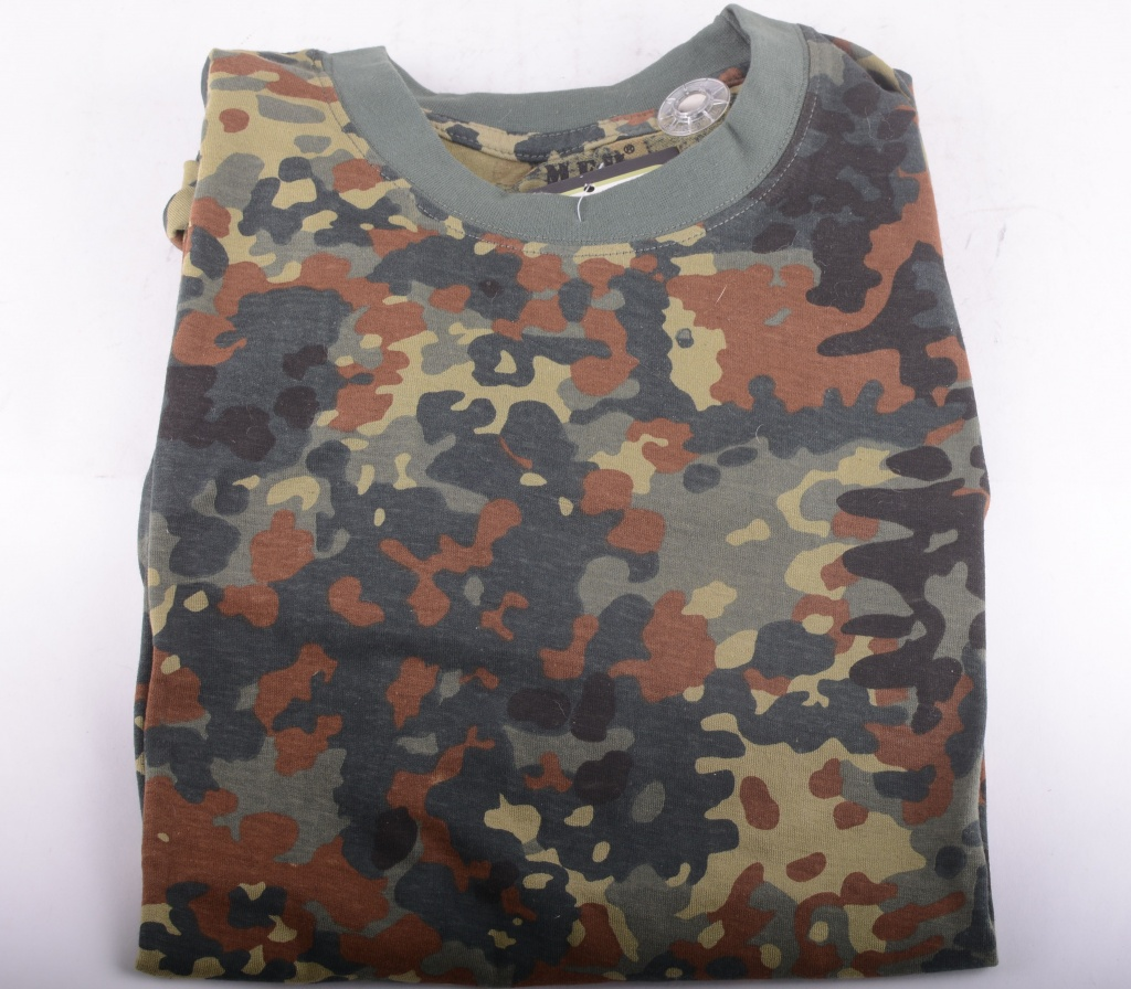 US T-shirt Green Camo