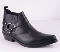 Chaparall Black Leather