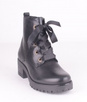 Boots 956506 Black Zip