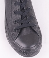 Chuck Taylor Black Mono Leather OX